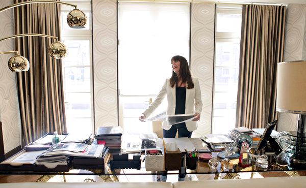 Tamara desk